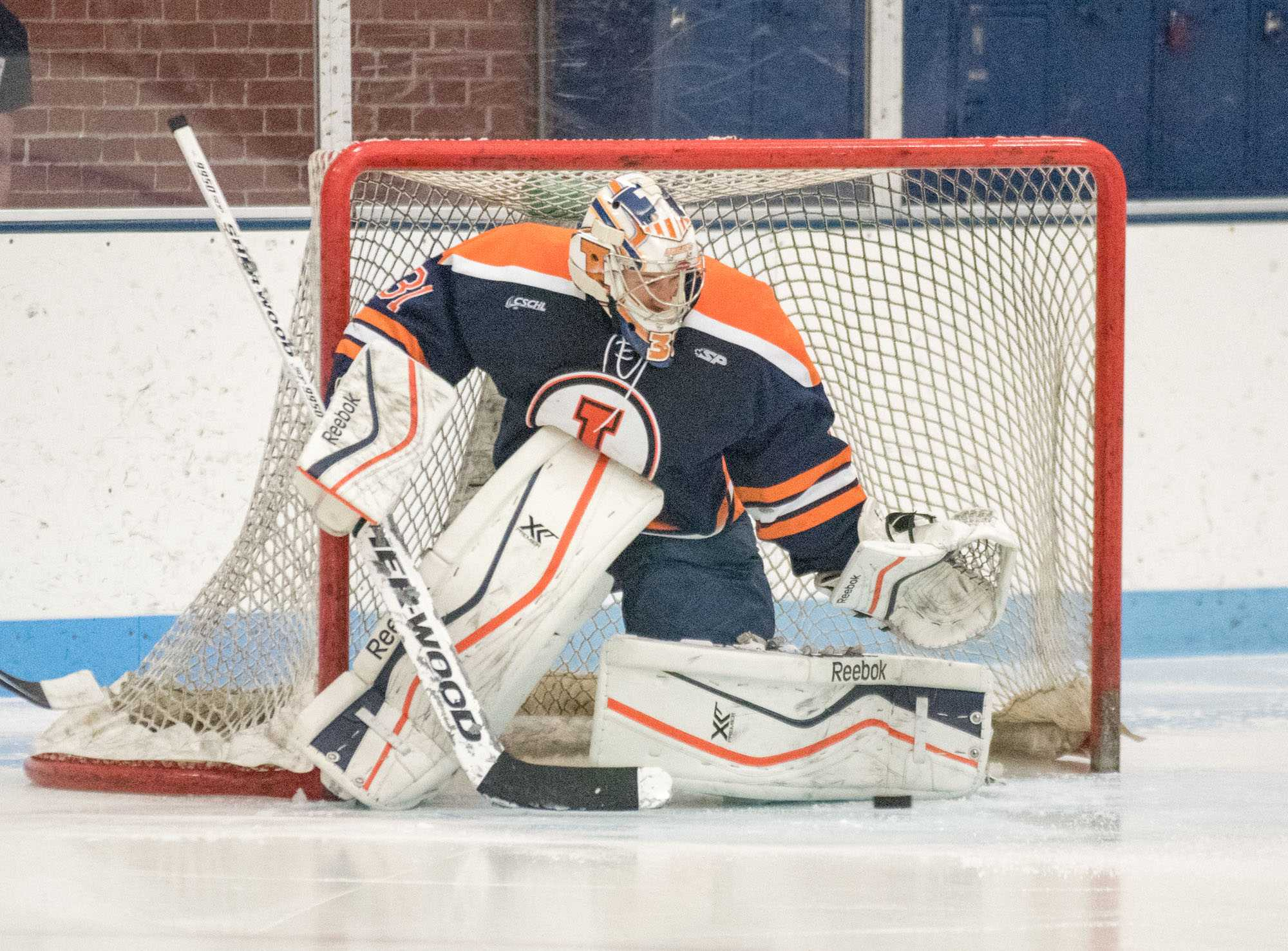 With+senior+captain+John+Olen+out%2C+little+brother+Joe+shines+with+an+80-save+weekend+while+Illini+leaders+continue+to+carry+the+team+offensively+