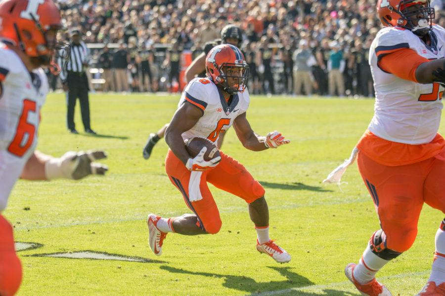 Running+back+Josh+Ferguson+makes+a+run+for+a+touchdown+during+the+game+against+Purdue+at+Ross-Ade+Stadium+on+Saturday%2C+Nov.+7.+Illinois+won+48-14.