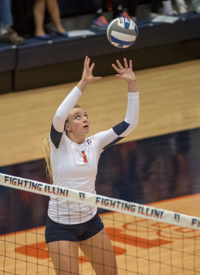 Jordyn+Poulter+sets+the+ball+during+a+game+against+Iowa+at+Huff+Hall.+Poulter+is+this+week%27s+Illini+of+the+Week.