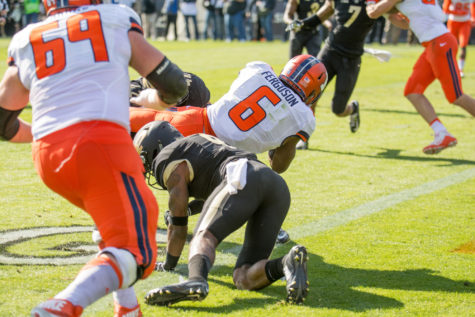 Illinois defense falls in the shadows in Purdue win