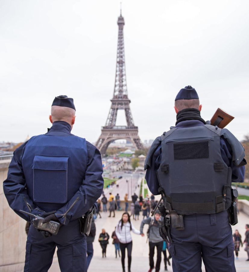 Police+officers+patrol+at+Place+du+Trocadero+near+the+Eiffel+Tower+on+Nov.+14%2C+2015+in+Paris%2C+France.+At+least+120+people+were+killed+in+a+series+of+terrorist+attacks+in+Paris.+%28Marius+Becker%2FDPA%2FAbaca+Press%2FTNS%29+%0D