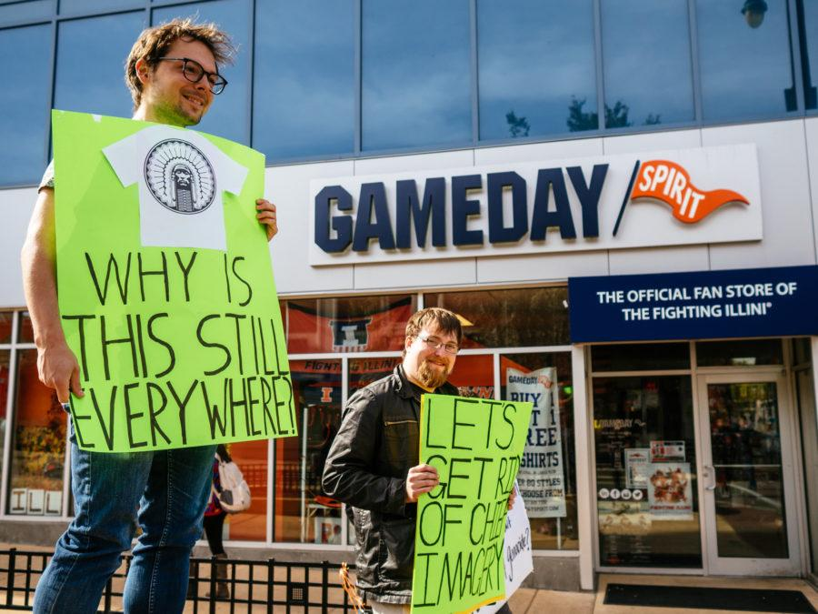 Students+protest+against+Chief+imagery+in+front+of+Gameday+on+Monday%2C+Oct+26+2015.