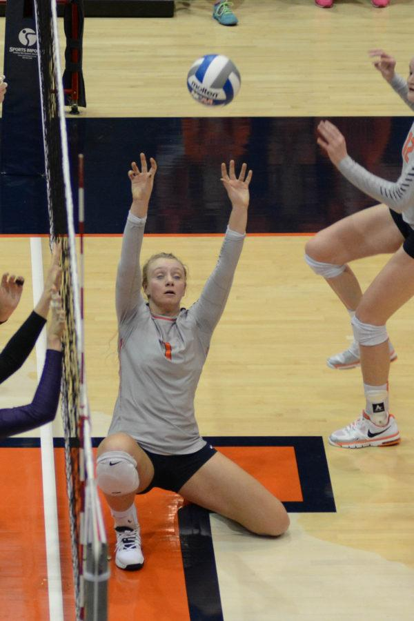 Illinois%27+Jordyn+Poulter+sets+the+ball+during+the+match+against+Northwestern+at+Huff+Hall+on+Nov.+7%2C+2015.+Poulter+is+this+week%27s+Illini+of+the+Week.+