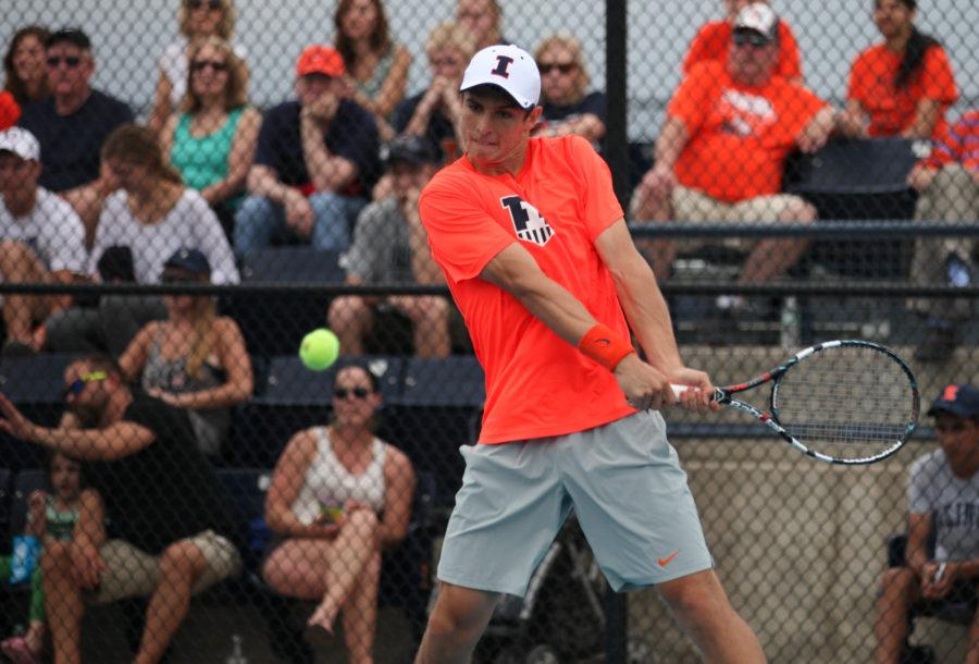 Illinois%27+Aleks+Vukic+lines+up+for+the+return+during+the+second+round+of+NCAA+Men%27s+Tennis+Regionals+v.+Drake+at+Khan+Outdoor+Tennis+Complex+on+Saturday%2C+May+9%2C+2015.+Illinois+won+4-2.