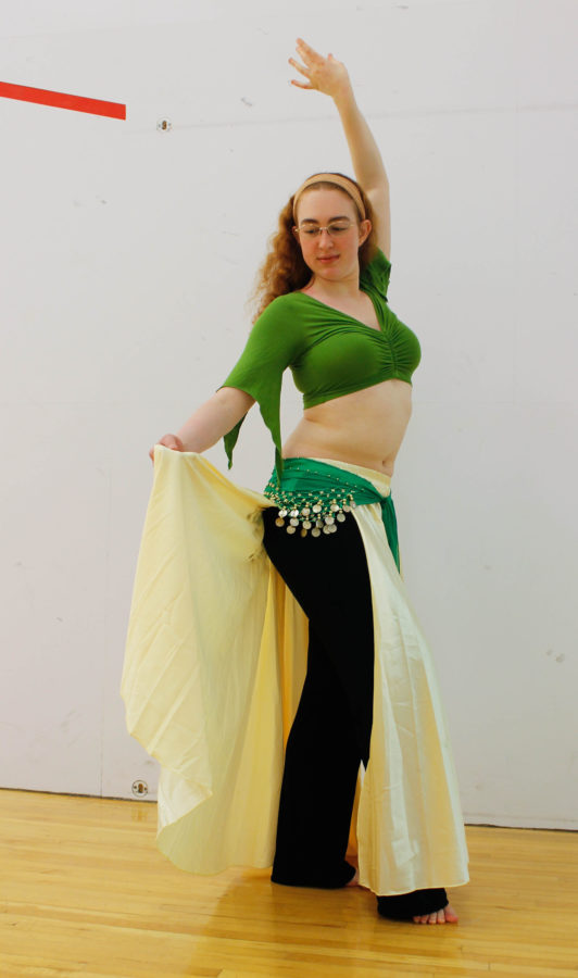 Kathleen+Hawkin%2C+Senior+in+Civil+Engineering%2C+shows+a+basic+one+step+belly+dancing%26nbsp%3Bmove.