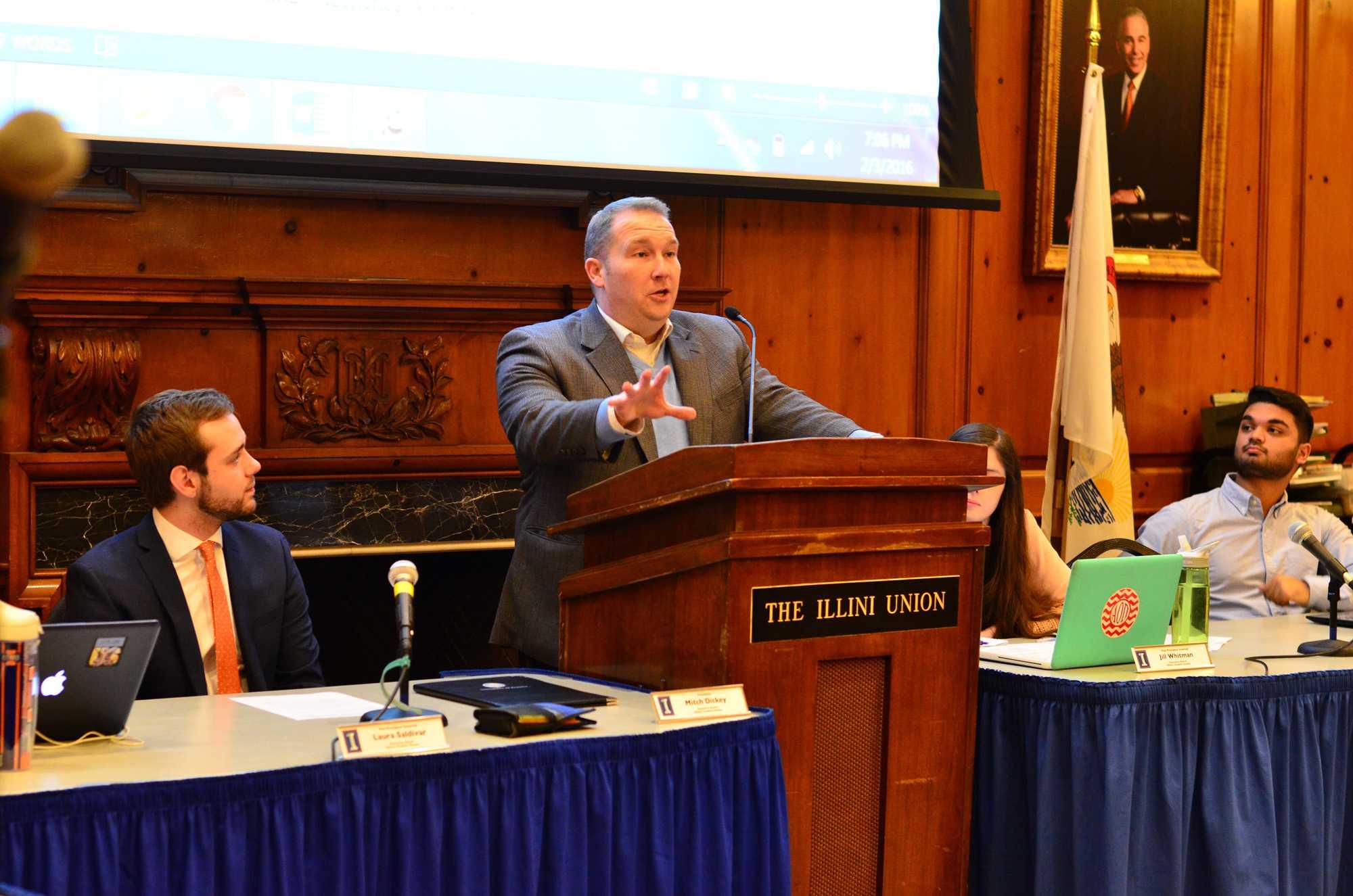 Senator Scott Bennett addresses the student senate regarding financial issues in the Illini Union on February 3, 2016.