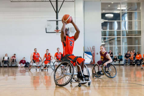 Illini wheelchair basketball finishes weekend strong
