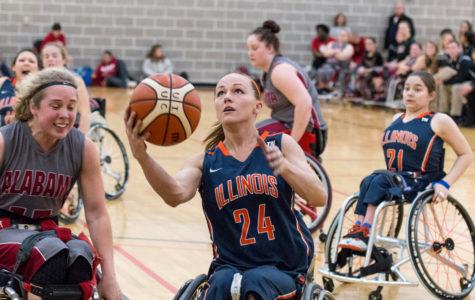 Illinois wheelchair basketball teams succeed in final home tournament of season