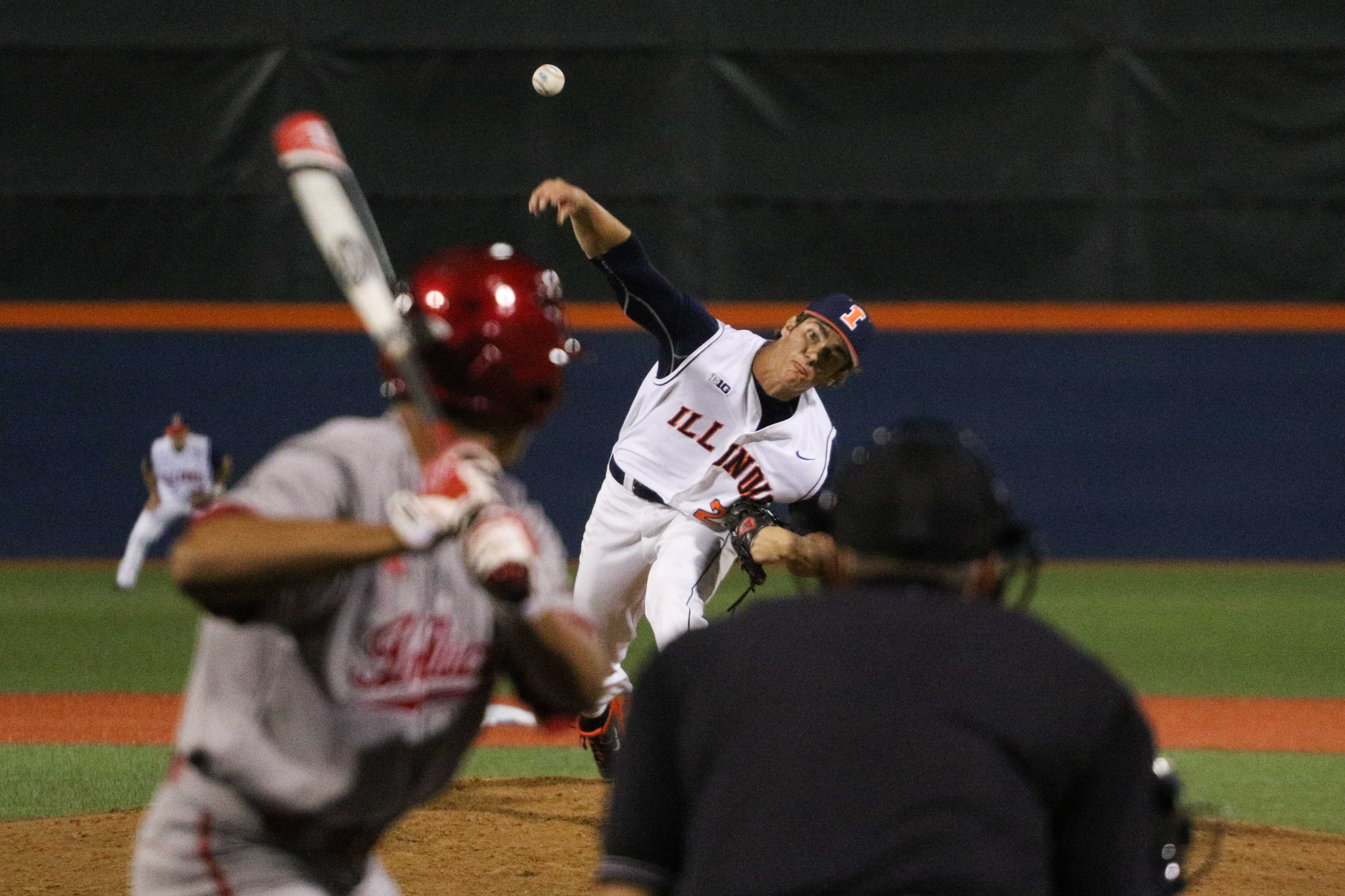 Illinois' Cody Sedlock throws a pitch during the baseball game againstIndiana at Illinois Field on April17, 2015. Illinois won 5-1.
