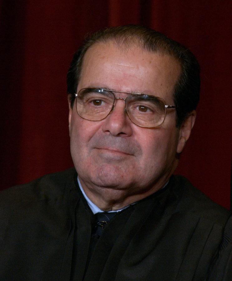 KRT+US+NEWS+STAND+ALONE+PHOTO+SLUGGED%3A+SUPREMECOURT+KRT+PHOTOGRAPH+BY+PETE+SOUZA%2FCHICAGO+TRIBUNE+%28December+5%29+WASHINGTON%2C+D.C.--++Supreme+Court+Justice+Antonin+Scalia%2C+one+of+nine+justices+of+the+Supreme+Court+who+posed+for+news+photographers+in+a+rare+session+Friday%2C+December+5%2C+2003.+%28lde%29++2003