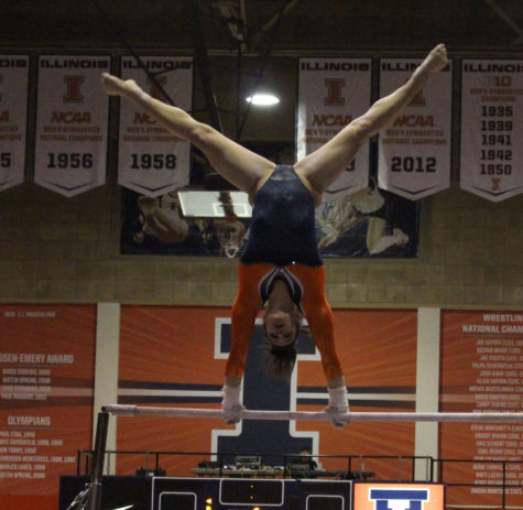 Illini women's gymnasts show off choreography skills