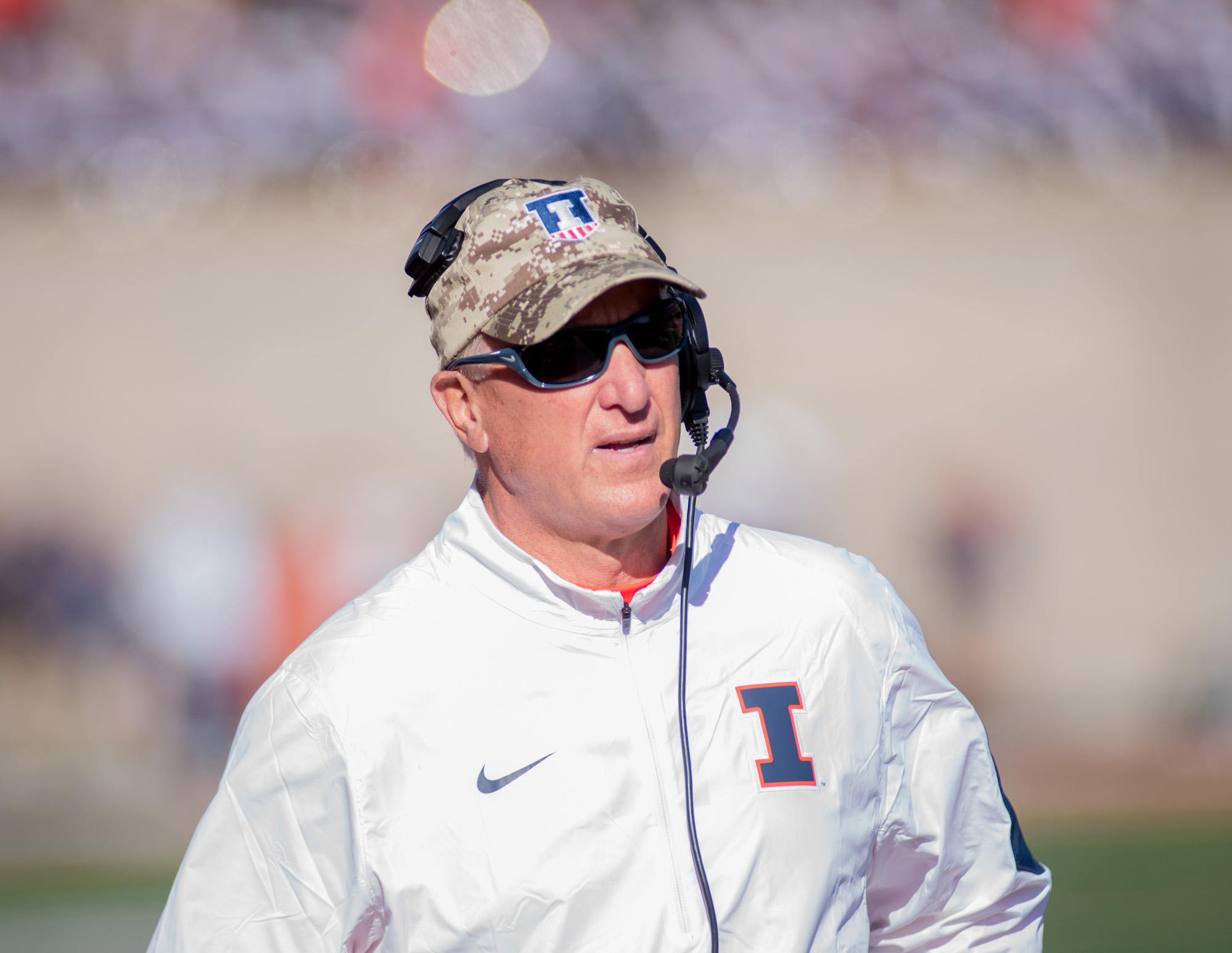 Interim head coach Bill Cubit looks looks on from the sidelines during the game against Ohio State at Memorial Stadium on Saturday, Nov. 14. Illinois lost 28-3.
