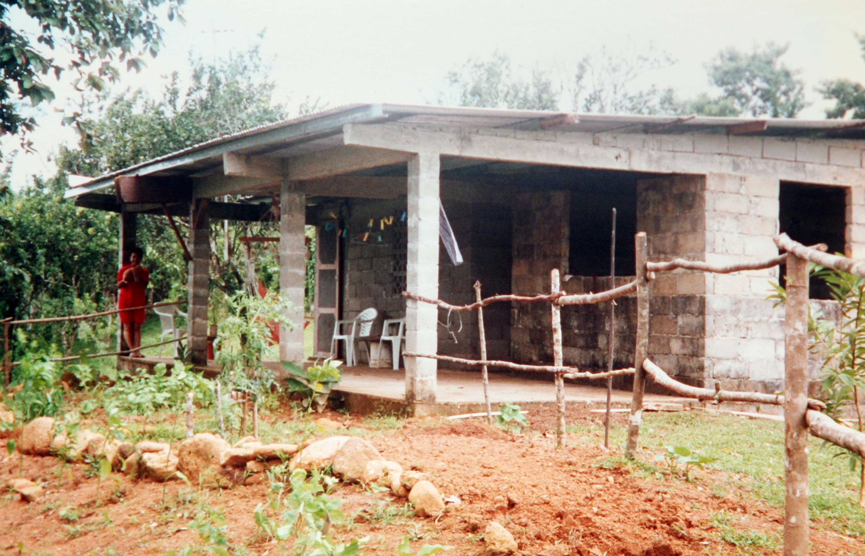 Peace corps volunteers John and Sally Mincks spent 27 months in this house in Panama where they helped villagers build a community center and a park. (Handout/Fresno Bee/MCT)