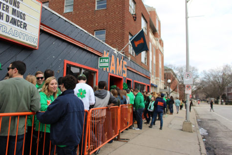 A favorite among students, a line forms outside Kam's on Friday, Mar. 4