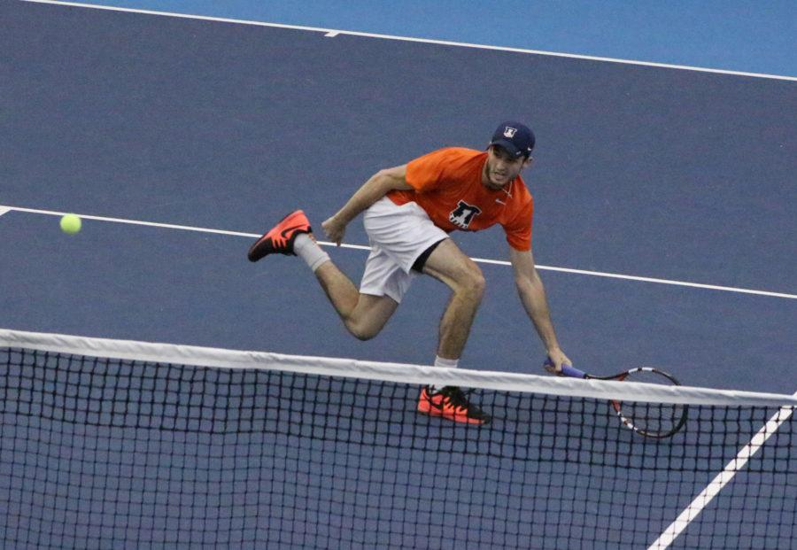 Illinois' Pablo Landa returns the ball in the match against TCU at the Atkins Tennis Center on Sunday, Feb. 28, 2016