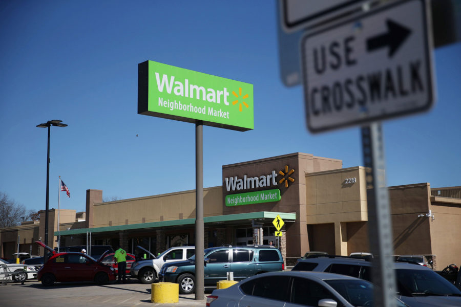 Outside+the+Wal-Mart+Neighborhood+Market+at+2218+Greenville+Avenue+on+Jan.+15%2C+2016+in+Dallas.+Wal-Mart+plans+to+close+269+stores+worldwide%2C+including+29+in+Texas+and+this+Lower+Greenville+location.+%28Andy+Jacobsohn%2FThe+Dallas+Morning+News%2FTNS%29+