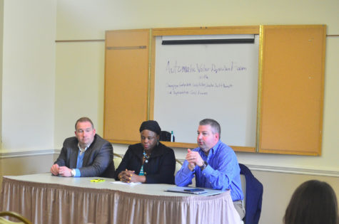 Senator Scott Bennett, Representative Carol Ammons, and Champaign County Clerk Gordy Hulten lead a discussion on the future of Automatic Voter Registration(AVS) in Illinois on Mar. 31.