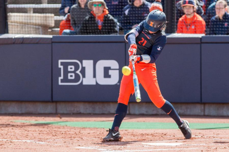 Illinois+second+baseman+Allie+Bauch+hits+a+single+to+left+field+during+game+two+of+the+series+against+Nebraska+at+Eichelberger+Field+on+Saturday%2C+April+2.+Bauch+had+3+hits+in+5+at+bats+in+the+Illini%27s+10-5+loss+on+Saturday.