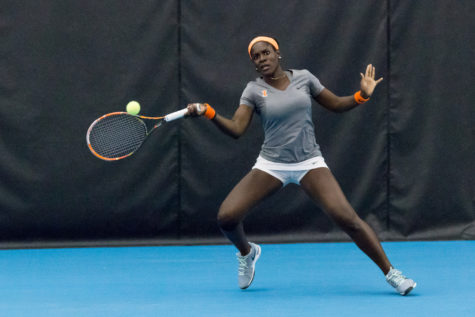 Illinois women's tennis go 2-0 against Big Ten counterparts