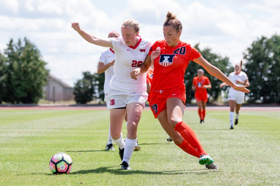 Illinois%27+Kara+Marbury+fights+for+possession+of+the+ball+during+the+game+against+Illinois+State+at+Illnois+Soccer+Stadium+on+Sunday%2C+August+21.+The+Illini+won+1-0.