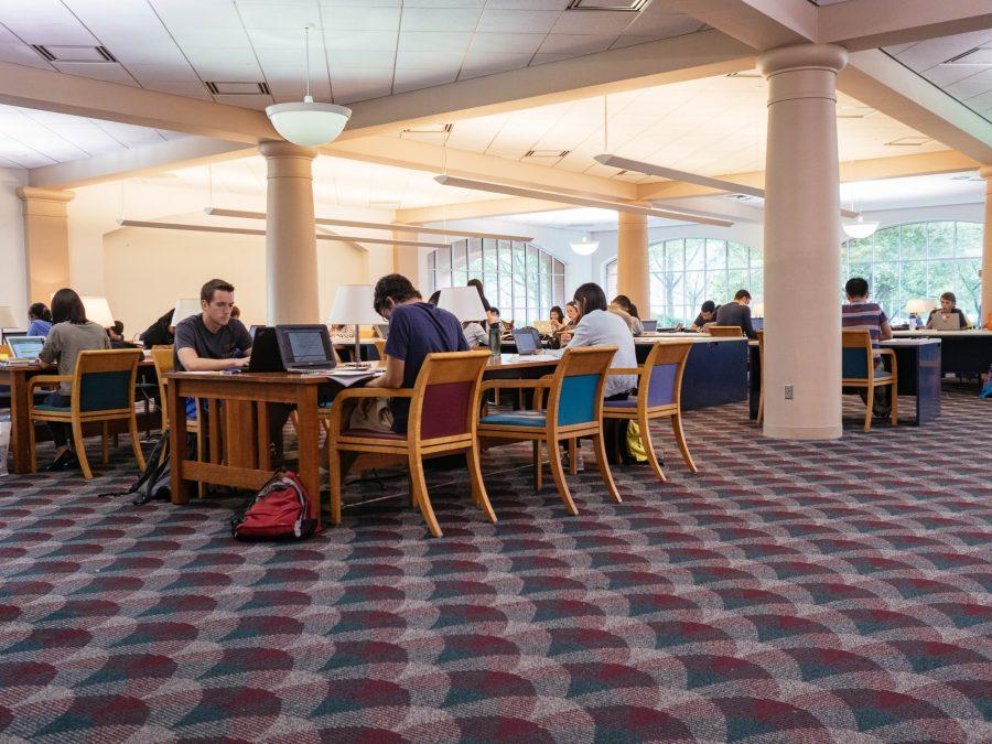 Students+study+on+the+first+floor+of+Grainger+Library+on+August+31%2C+2016.