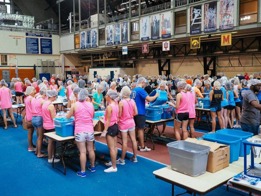 Volunteers+from+various+campus+fraternities+and+sororities+help+Feed+Our+Starving+Children+by+packaging+meals+in+the+Armory+in+Champaign%2C+IL+on+Sunday%2C+September+25%2C+2016.