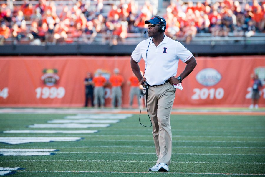 Illinois+head+coach+Lovie+Smith+walks+down+the+sideline+during+the+game+agaisnt+Western+Michigan+at+Memorial+Stadium+on+September+17.+The+Illini+lost+34-10.+Lovie+has+lost+two+of+his+first+three+games+as+head+coach+of+Illinois.