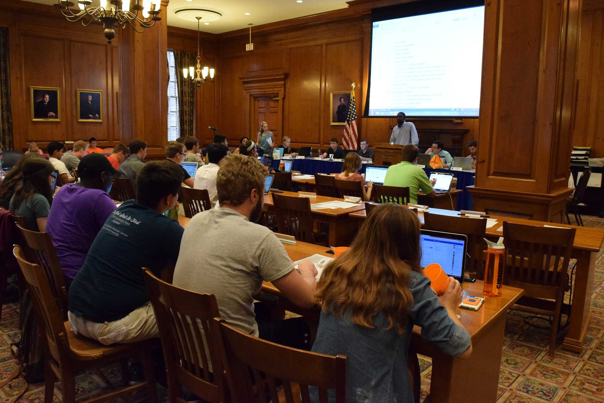 The Illinois Student Senate gathers in the Illini Union. The group is voting to ratify a new constitution.