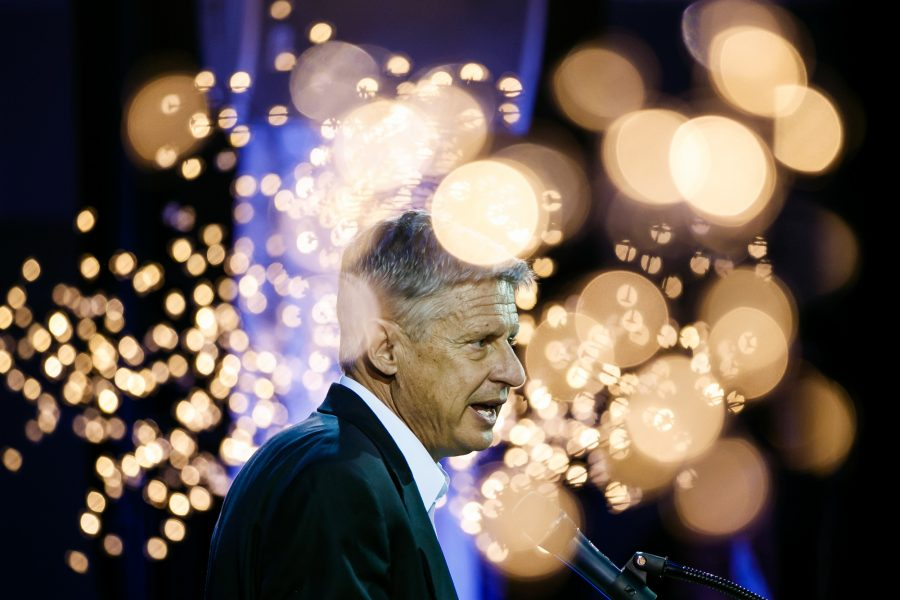 Gary+Johnson%2C+the+Libertarian+candidate+for+president%2C+speaks+at+a+campaign+event+in+Los+Angeles+on+Oct.+19.+%28Marcus+Yam%2FLos+Angeles+Times%2FTNS%29