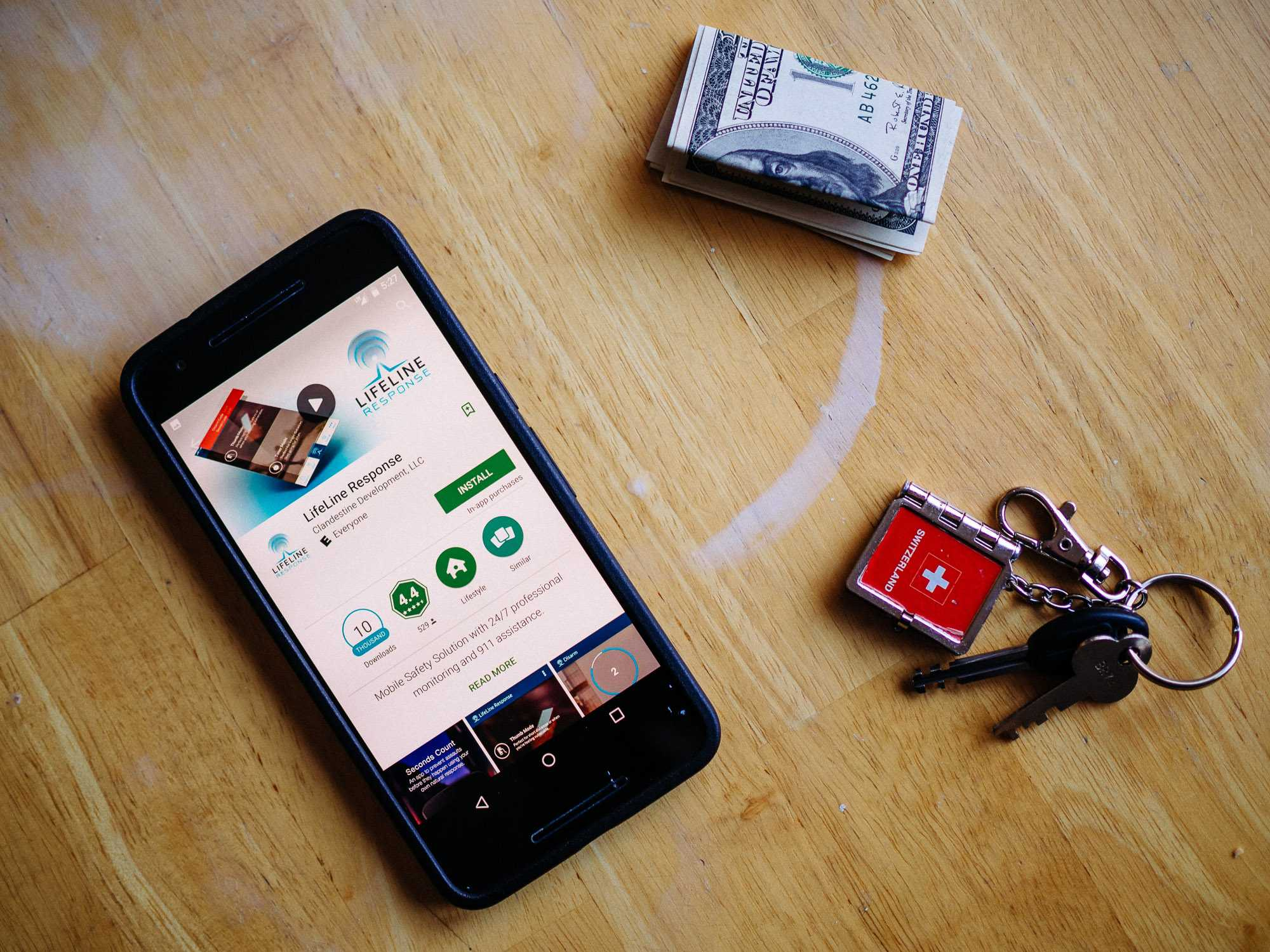 Lifeline mobile safety solution app in Google Play Store.