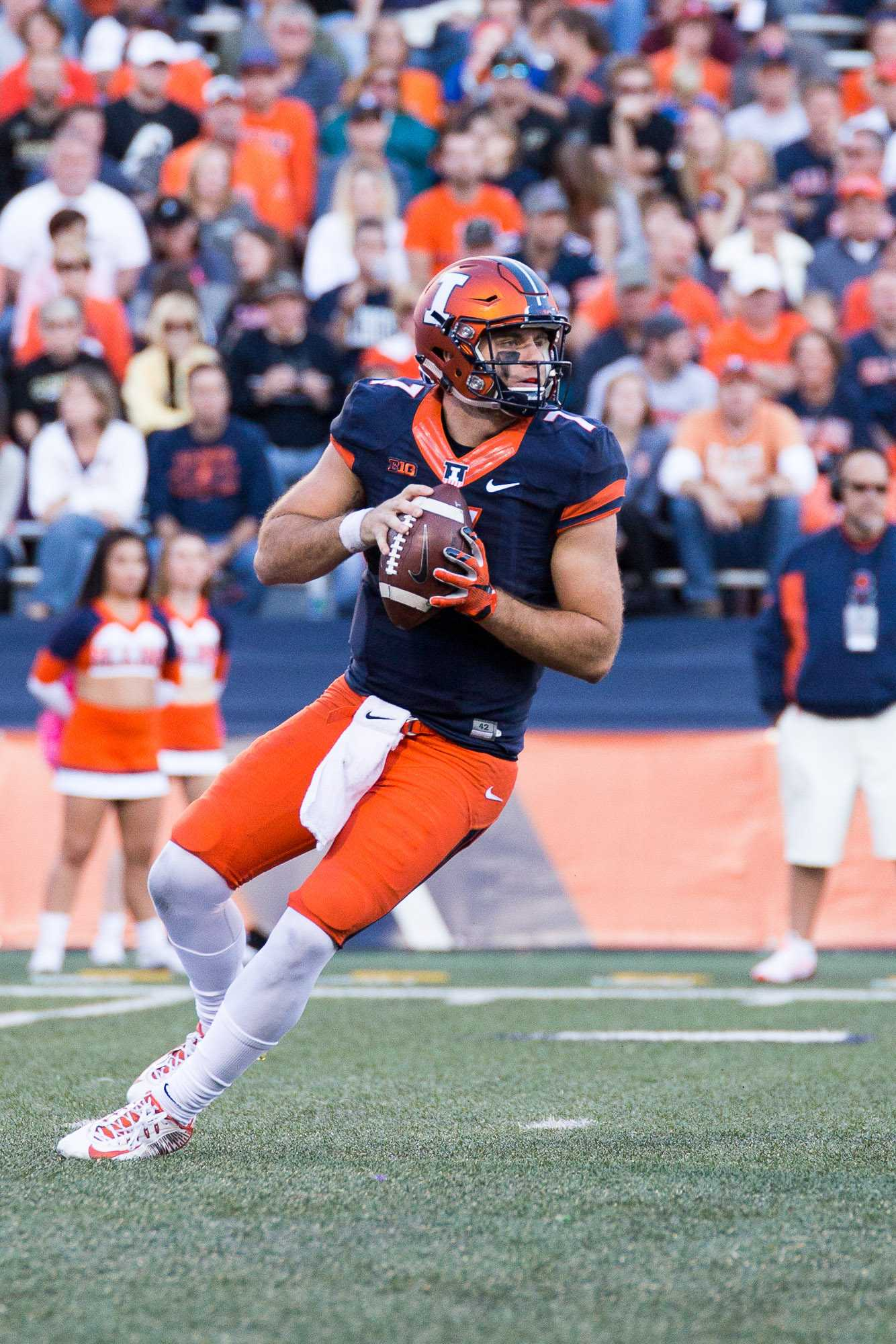 Illinois quarterback Chayce Crouch (7) looks to pass the ball during the game against Purdue at Memorial Stadium on Saturday, October 8. The Illini lost 34-31.