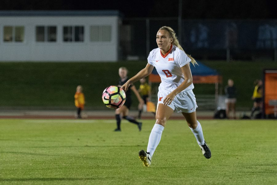 Illinois%27+Summer+Schafer+lobs+the+ball+during+the+game+against+Purdue+at+Illnois+Soccer+Stadium+on+Thursday%2C+September+15.+The+Illini+lost+0-2.