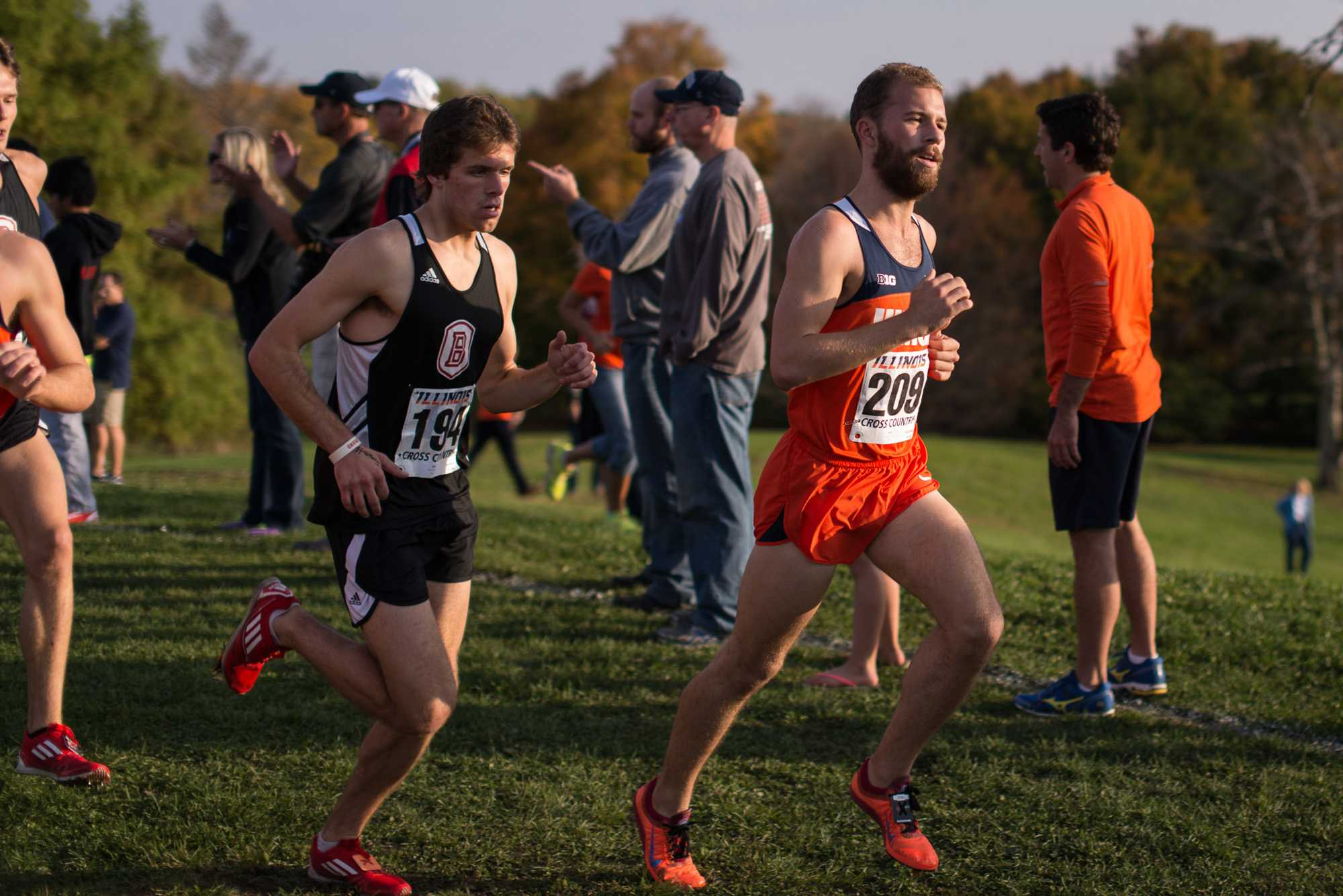 Illinois' Alex Notten (209), freshman, outpaces his opponents at the Illini Open 2014 at the Arborteum on October 25th.