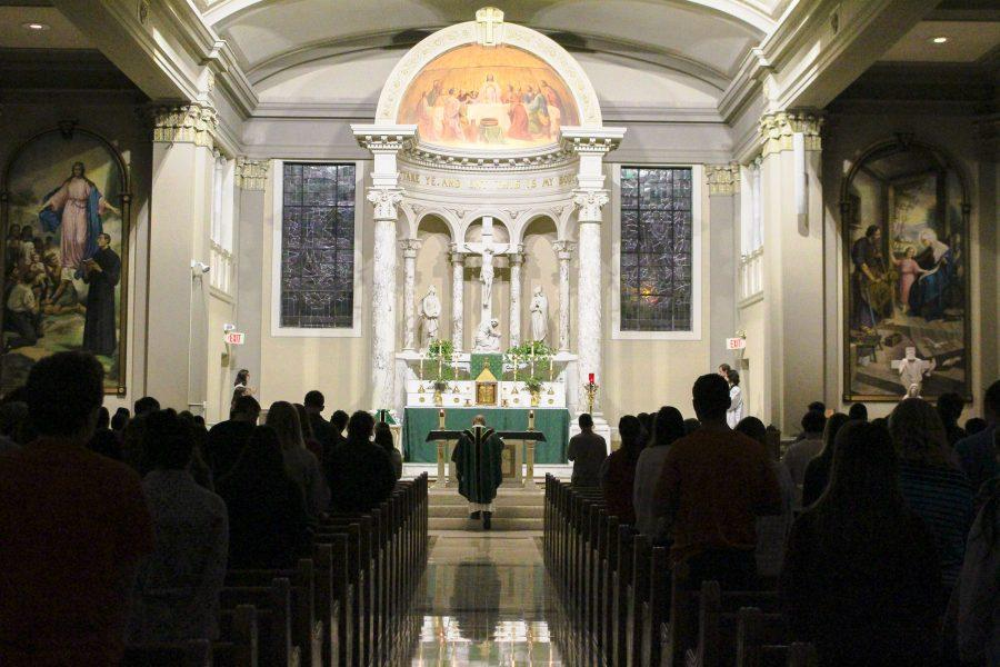 Sunday+night+mass+begins+at+St.+John%27s+Catholic+Newman+Center.