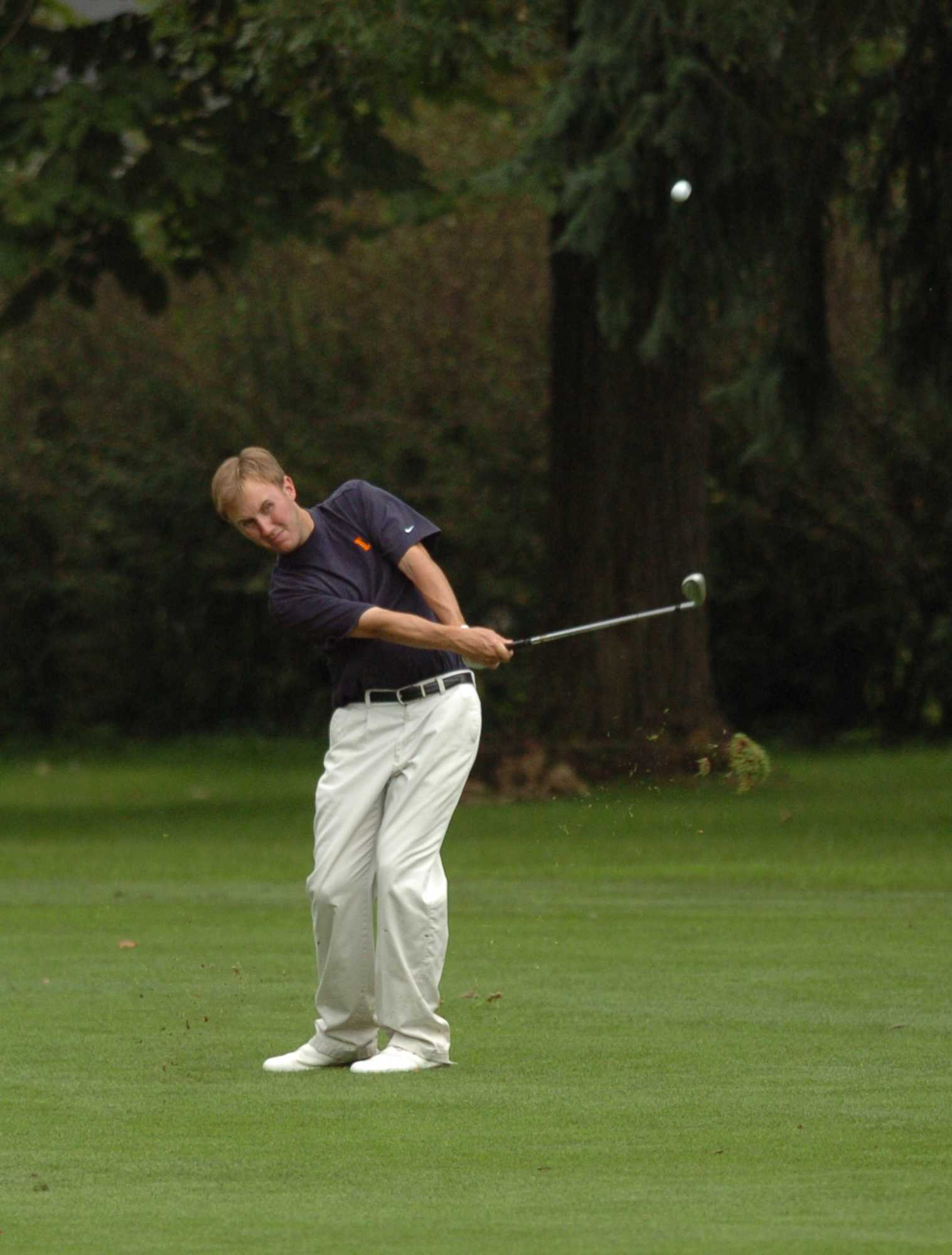 Illinois golfer Patrick Nack practices at Urbana Golf and Country Club Thursday, September 14, 2006.  Men's golf will play at Olympia Fields September 24-25.