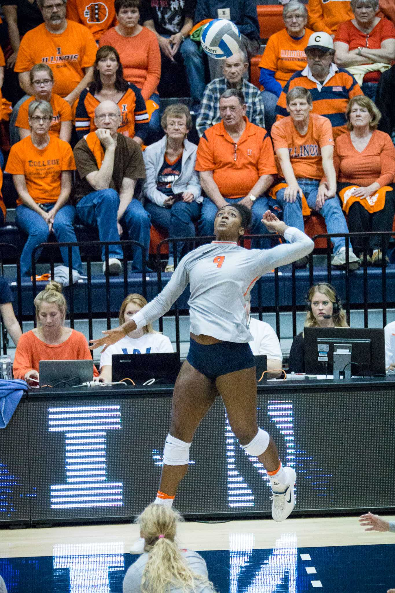 Illinois' Naya Crittenden gets ready to hit the ball during the match against Northwestern at Huff Hall on Saturday, October 15. The Illini won 3-0.