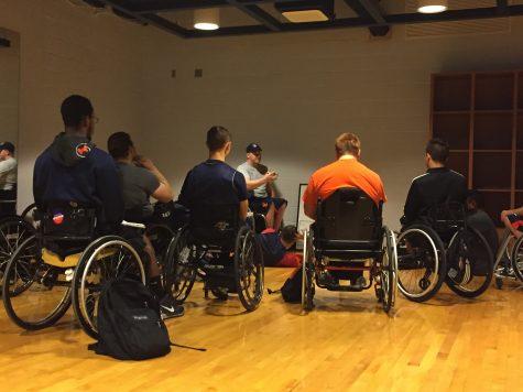 Illinois men's wheelchair basketball team starts in-season practice