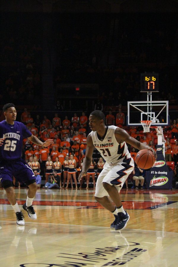 Malcolm+Hill+dribbles+against+McKendree.+The+Illini+went+0-3+over+Thanksgiving+break.