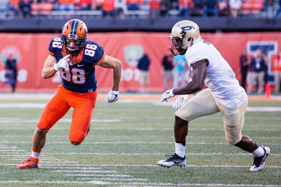 Illinois+wide+receiver+Zach+Grant+%2888%29+rushes+off+the+line+of+scrimmage+during+the+game+against+Purdue+at+Memorial+Stadium+on+Saturday%2C+October+8.+The+Illini+lost+34-31.