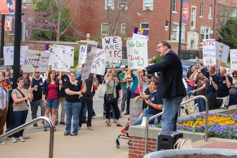 Non-Tenure Faculty Coalition holds a rally in front of the Swanlund Administration Building on Tuesday, April 19. Daniel J Montgomery, president of the Illinois Federation of Teachers, speaks in front of the crowd.