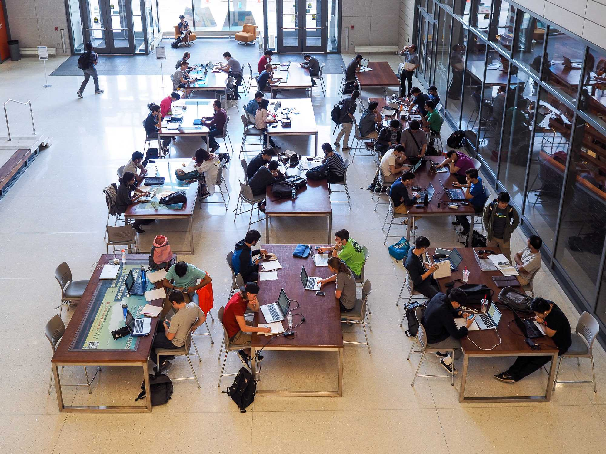 Students study in the Electrical and Computer Engineering Building in Champaign on Oct. 4.