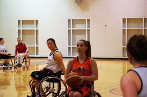 Weaknesses show for Illinois women's wheelchair basketball team at home