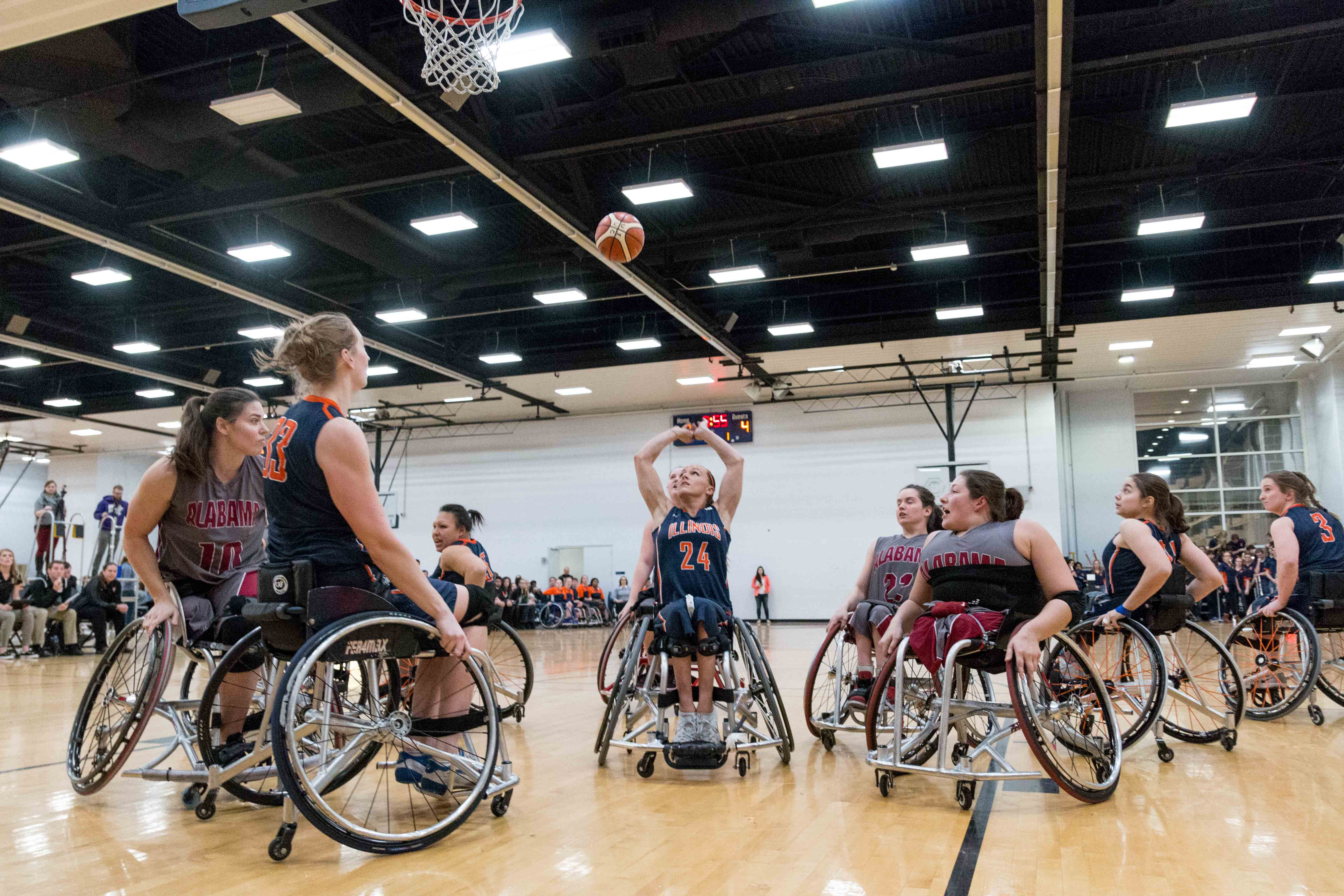 Illinois' Megan Blunk shoots the ball during the game against Alabama at the Activities and Recreation Center on Feb. 12, 2016. The Illini won 56-47.