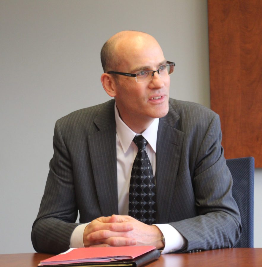 Edward Feser, Interim Provost and Vice Chancellor for Academic Affairs is leaving University of Illinois for a position at Oregon State University.