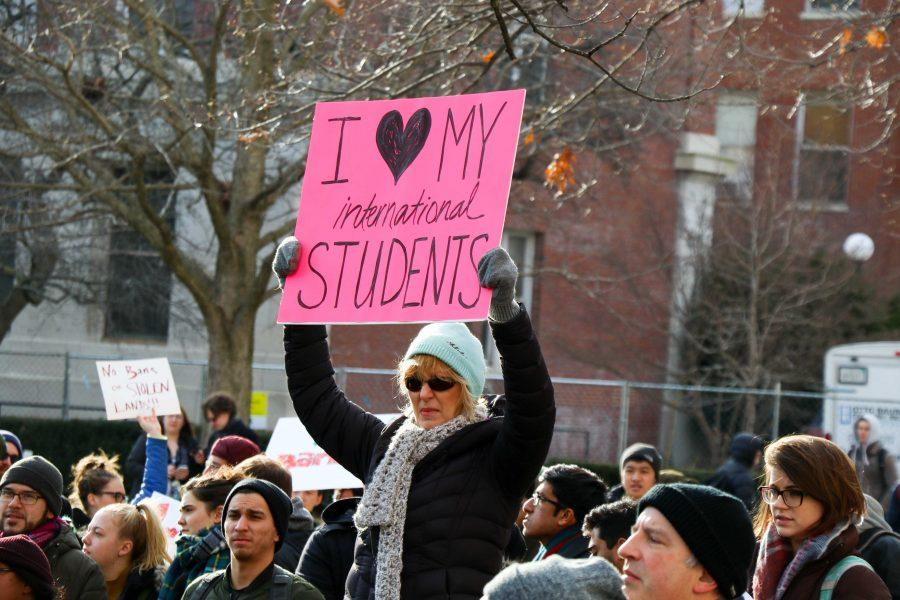 Protestors+meet+by+the+Illini+Union+to+march+on+Monday%2C+Jan.+30.