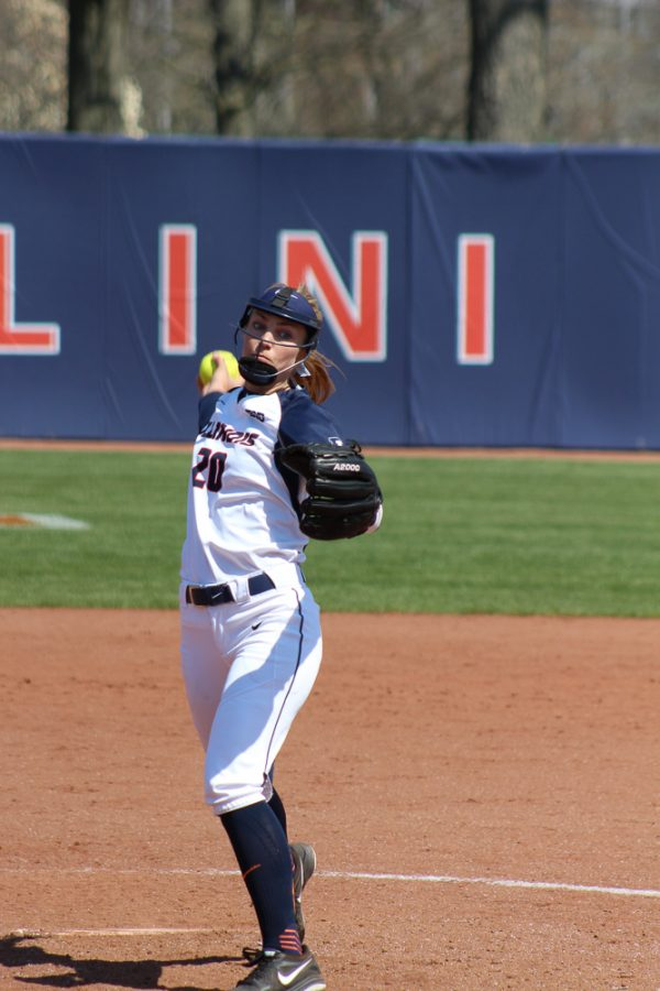 Illinois%27+Breanna+Wonderly+pitches+in+the+game+against+Rutgers+at+Eichelberger+Field+on+Sunday%2C+Apr.+3%2C+2016
