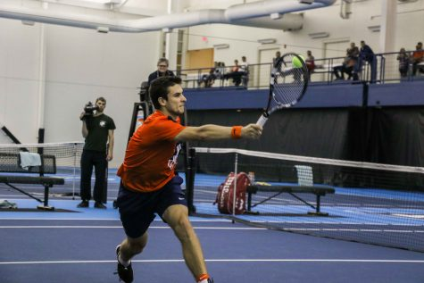 Vukic's upset victory not enough for Illinois men's tennis