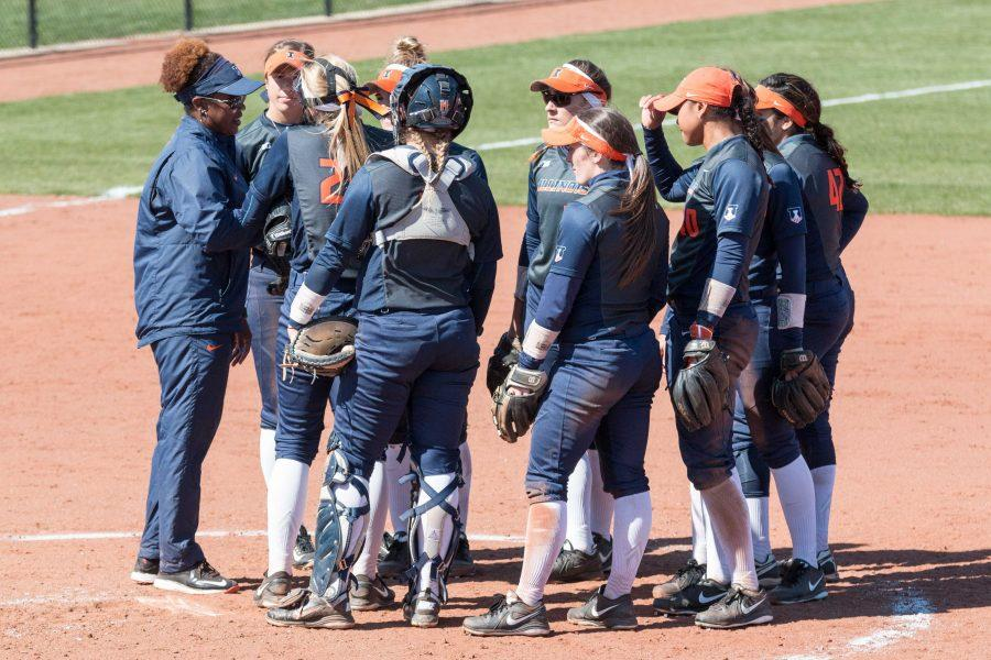 Illinois+head+coach+Tyra+Perry+talks+to+her+team+during+game+one+of+the+doubleheader+against+Nebraska+at+Eichelberger+Field+on+Saturday%2C+March+26.+The+Illini+won+game+one+8-3+and+game+two+10-2.