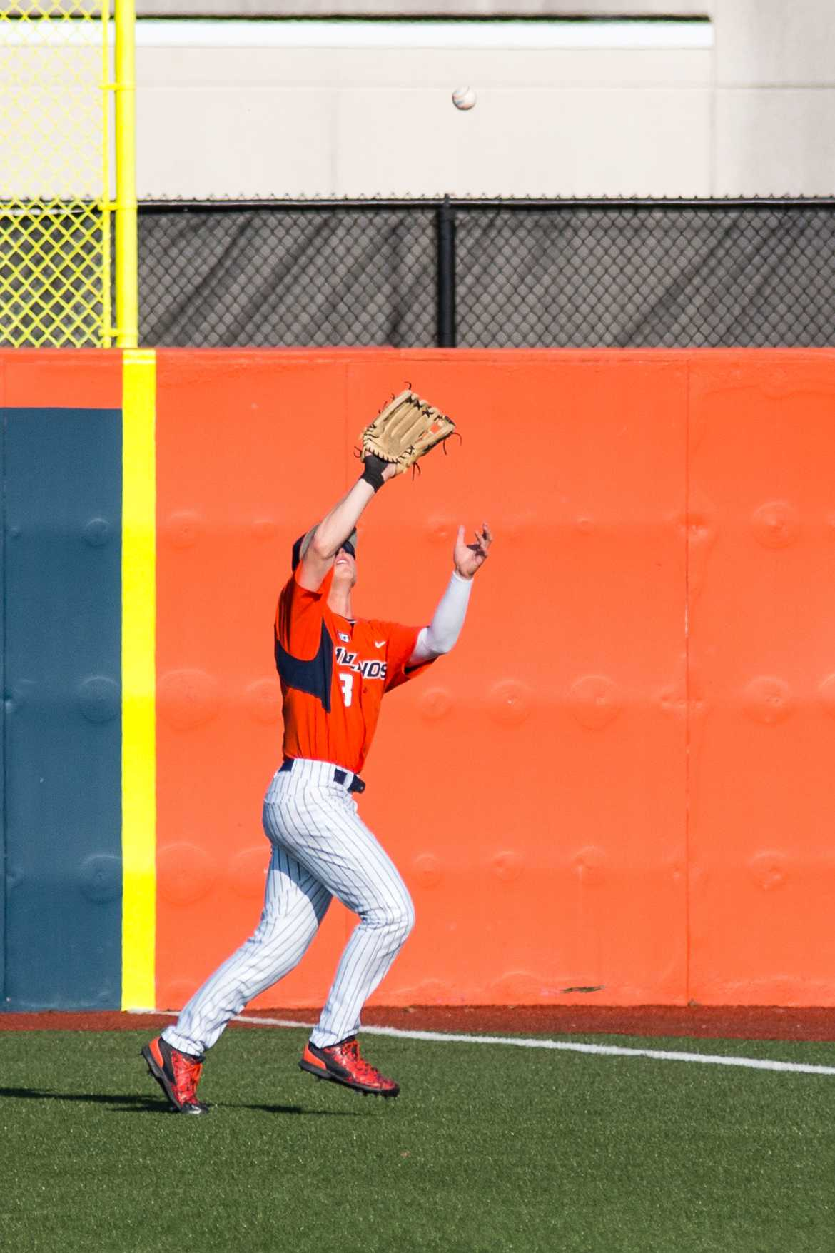Illinois right fielder Jack Yalowitz gets ready to catch a fly ball during game two of the series against St. Louis University at Illinois Field on Saturday, April 16. The Illini won 3-1.