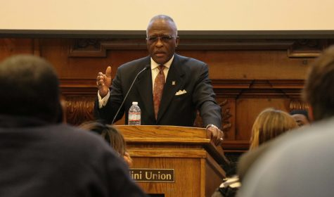 Chancellor Jones commends efforts of student government